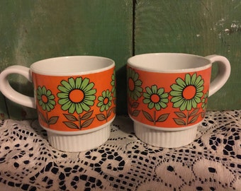 Coffee Cups featuring Flower Power; 1970s Designed coffee cups/mugs; Midcentury Modern Coffee Cups
