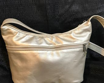 Light gold metallic Leather Purse-Leather shoulder bag for women-Meduim Leather Purse-Summer Bag for Women- Leather Brenda style-Made in USA