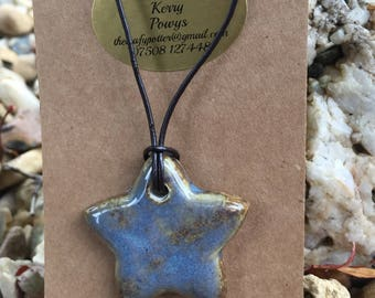 Star-shaped Ceramic Necklace (NK93)