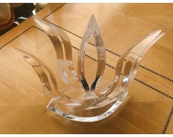Signed Van Teal Mid Century Modern Lucite Sculpture