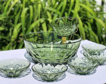 Vintage Green Glass Chip + Dip set with 5 Small Bowls