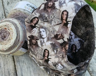 Knitting or Crochet Project Bag. Pirates of the Caribbean yarn bag. Travel craft tote. Johnny Depp, Orlando Bloom. Jack Sparrow