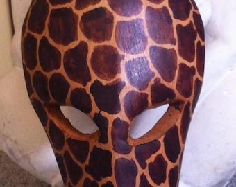 Giraffe wood mask pier one vintage made in  Kenya Africa