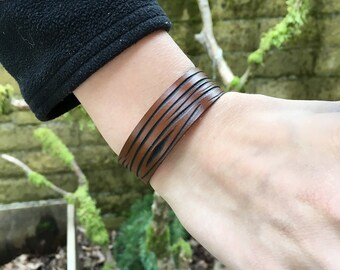 Leather diffuser bracelet carved to look like tree bark with choice of finish color - 1 inch wide bracelet for aromatherapy