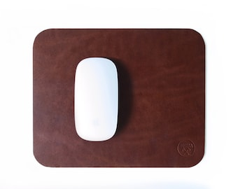 Premium leather mousepad brown waxed leather, custom mouse pad, mouse mat, modern minimalist office, round mouse pad, drip table mat