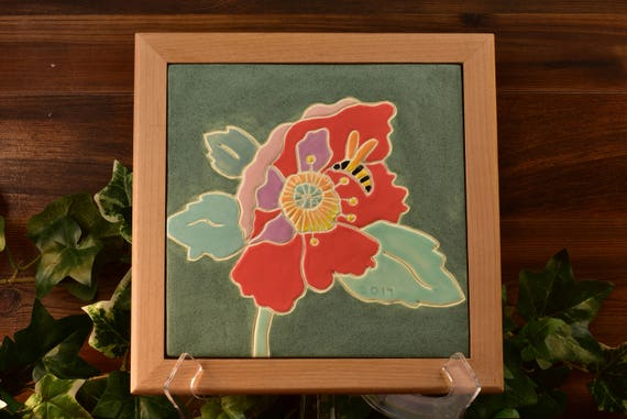 Roseville Pottery Tile 2017, The Bee and The Poppy