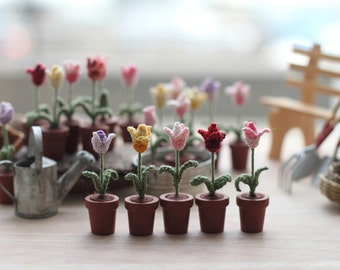 ONE Miniature Crochet Flower Tulip, Spring Tulips, Fairy Garden Collectible Miniature Fiber Art, Potted Flowers Dollhouse Miniature Gift