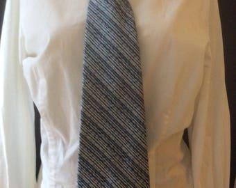 Vintage 1970's Men's Wembley Tie, Blue