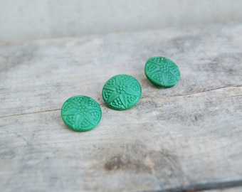 USSR Vintage buttons lot of 3 - green vintage buttons with flower star carved -emerald green plastic buttons -soviet vintage sewing supplies
