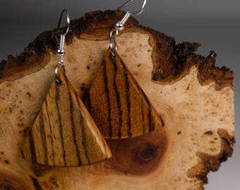 Triangular earrings with Zebrawood