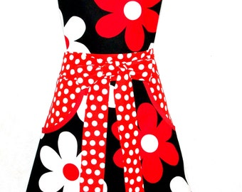 Daisy Produce Apron, Large Pockets, Valentine Gift, Money Apron, Custom Monogrammed, Personalized With Name, Ready To Ship AGFT 063