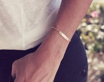 Roman Numeral Bracelet / Wedding Date Bracelet / Personalized Rose Gold , Gold or Silver Bar Bracelet / Anniversary Bracelet / Bridesmaid