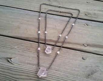 rose quartz slab pendant / rose quartz jewelry / pink stone jewelry / gunmetal jewelry / rose quartz necklace / pink stone pendant / HEY04R