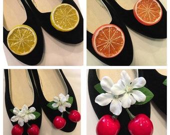 Pinup fruit shoe clips! Choose from cherries, lemons or oranges.