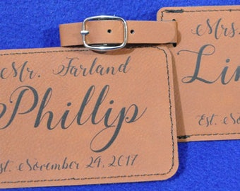 Christmas Gifts ~ Bridal Shower Gift ~ Mr and Mrs Gift ~ Luggage Tag ~ Leather Tag ~ Bride And Groom Gift ~ Wedding Gift ~ Gift For Couple ~