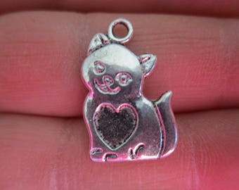 Set of 10 Cat w/heart Charms
