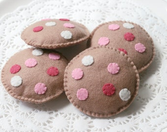 Felt Play Food, Biscuits, Pink, Chocolate Chips, Children's Toy, Pretend Play, Felt Cookies, Tea Party, Bakery Toys, Set of Four