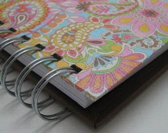 Gratitude Journal - Pocket Size - Thankful Journal - Daily Gratitude - Mini Journal - Grateful Journal -  one Year Journal - Pink Paisley