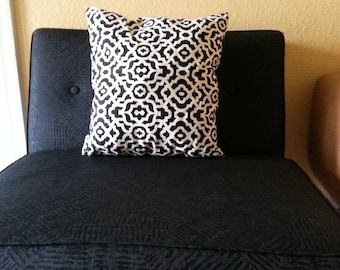 Attractive Black and White Printed Decorative Pillow