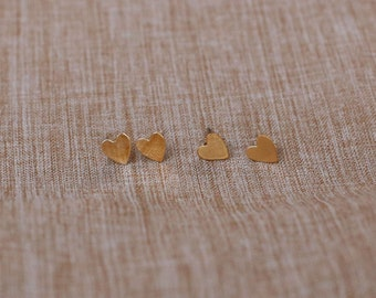 Gold Heart earrings  Gold filled heart earrings// dainty and small stud earrings   EE011