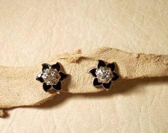 In Black Petals Diamond Cut Rhinestones LOVELY Vintage Screw Back Earrings for Women