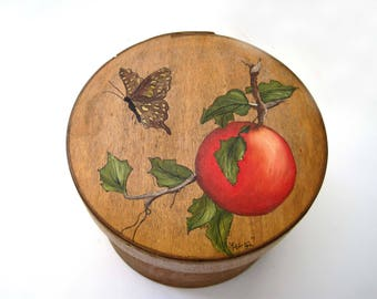 Vintage Cheese Box, Hand Painted Butterfly & Orange Fruit, Folk Art, signed Lee 1983, Round Box, Cheese Box, Farmhouse Chic, Gift Idea