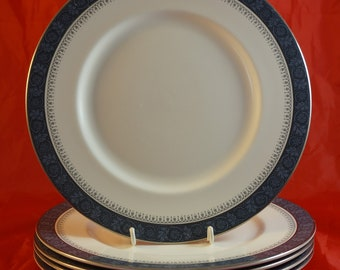 Lot of 5 dinner Plates by Royal Doulton in SHERBROOKE Pattern