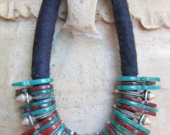 Tuareg Agath Telhakimt or Tanfouk & Tuareg Zinder Crosses Necklace, 340 gr