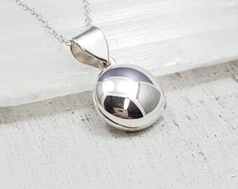 Sterling silver locket - small locket - locket necklace - girls jewelry - girlfriend gift - round locket - tween locket - photo locket