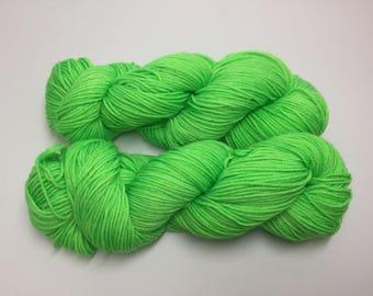 DK/8ply wool/nylon yarn in my Hulk colourway