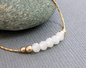 White crystals beads gold necklace, Delicate gold necklace, Minimalist necklace, Beads gold necklace, Everyday necklace, Dainty gold jewelry