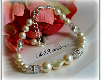 Bridal Swarovski Pearl Crystals Bracelet Swarovski White Ivory Pearl Bridal Jewelry Wedding Gift Bridal Accessories Bridesmaid Bracelet