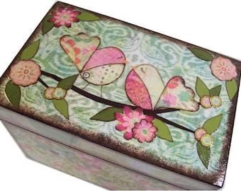 Recipe Box, Wood Recipe Box, Decoupaged Recipe Box, Bird Recipe Box, Wedding Recipe Box, Bridal Shower Box, Holds 4x6 Cards, MADE TO ORDER
