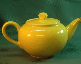 Villeroy and Boch teapot yellow earthenware