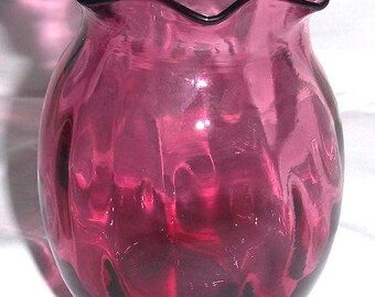Vintage Pilgrim Glass Mouth Blown Cranberry Durham Glass Vase