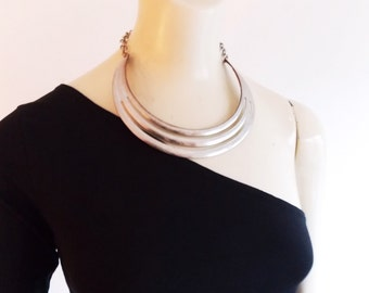 1980s choker necklace/ post modern collar necklace /  Minimalist necklace