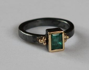 Emerald Ring, Modern Emerald Engagement Ring, Mothers Day Gift, Right Hand Ring, Alternative Engagement Ring, Emerald Promise Ring, Silver