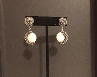 Pearl pave earring