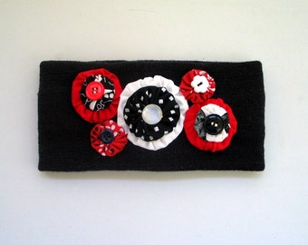 Earwarmer with Decorative Yoyos and Buttons Red Black White