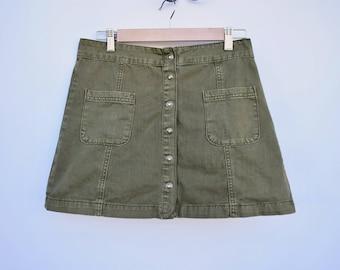 short army green skirt / medium