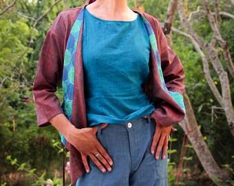 Veste kimono en soie matka tissée main, col brodé main – violet et bleu
