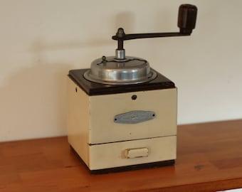 Vintage wooden coffee grinder, Belgium, kitchen decor, wooden mill, Klavertje