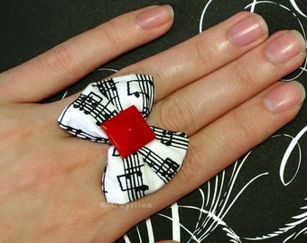 LIMITED - Sweet Melody Puffy White Bow Ring