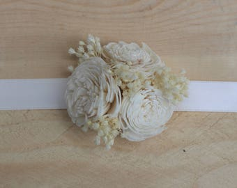 Mother Corsage,Sola Flower Corsage,Wedding Corsage,Woodland Corsage,Keepsake Corsage, Ivory Corsage