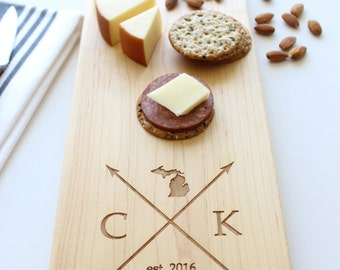 Personalized Cheese Board, Custom Name, State Cutting Board, Fathers Day Gift, Wedding, Anniversary, Closing Gift, Gift For Her, Husband