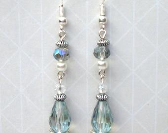 Pale blue Victorian style drop earrings, Blue vintage style bridal earrings, Blue Edwardian style crystal earrings, Blue wedding accessory
