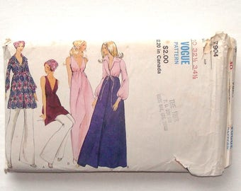 Vintage 1970 Vogue Misses' Robe, Dress and Pants Pattern #7904 - Size 10 (Breast 32 1/2 - Waist 24)