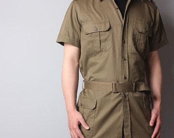 Vintage Unissued 1980s Italian army safari shirt khaki military jacket brown belt