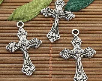 40pcs Tibetan Silver color crucifix charms h3872