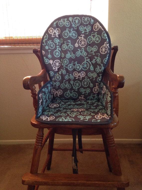 Housse de chaise haute en bois design your own for Chaise haute design bois